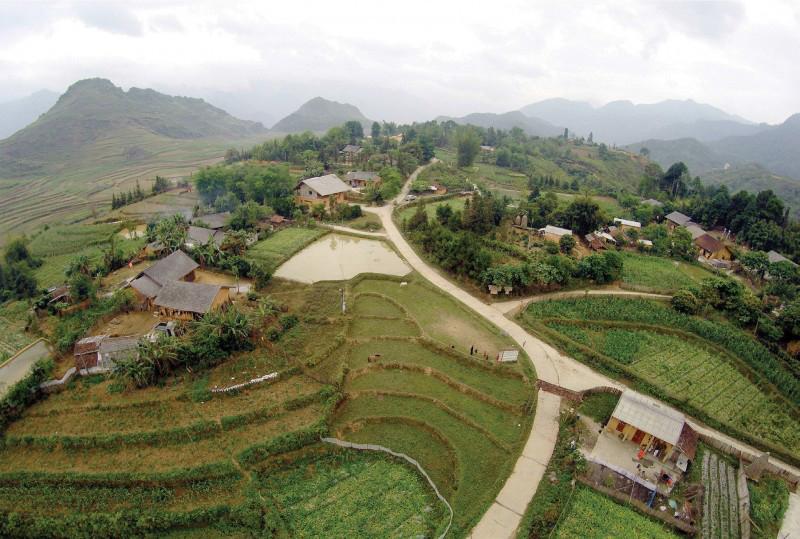 Toàn cảnh làng