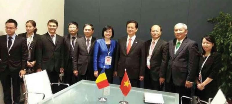 Đoàn Việt Nam tháp tùng Thủ tướng Nguyễn Tấn Dũng tham dự HNCC ASEM 10, Milan, Italy, ngày 16 – 17/10/2014