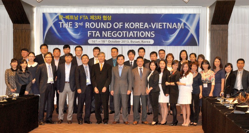 Phiên 3 đàm phán FTA Việt Nam – Hàn Quốc, Busan, Hàn Quốc, tháng 10/2013