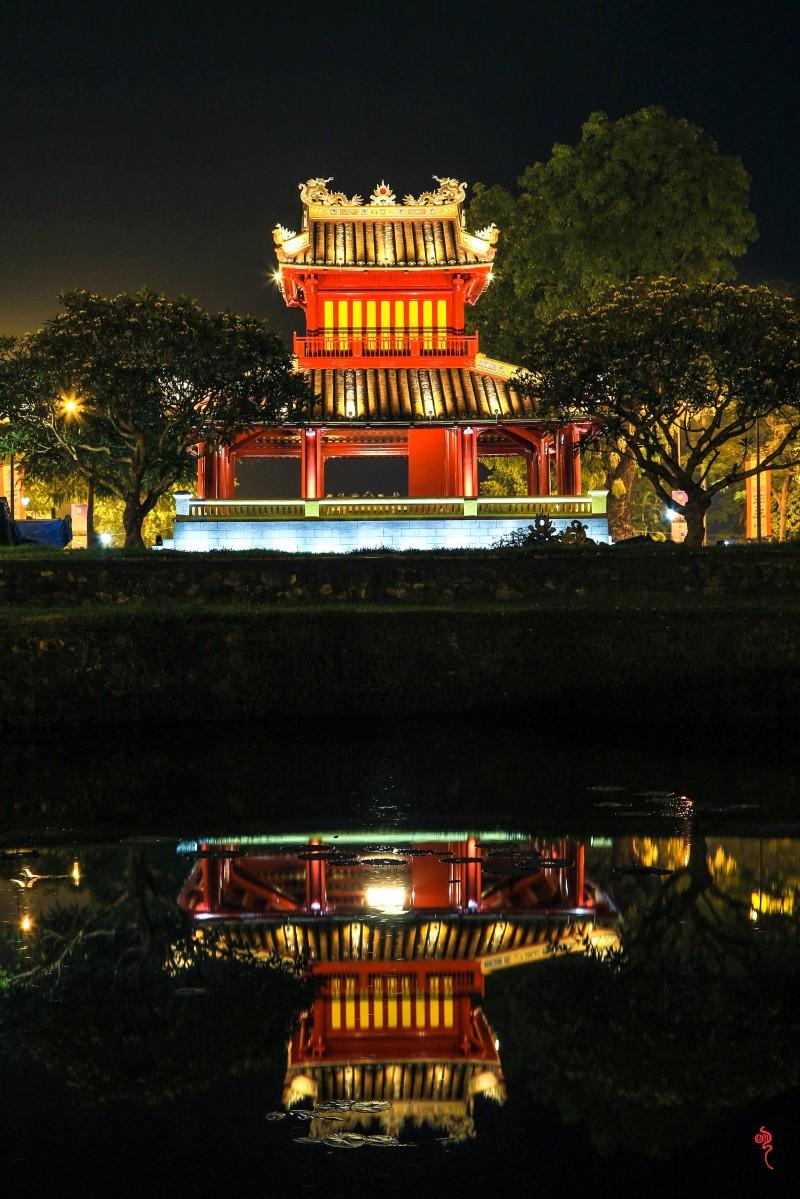Phu Văn Lâu 2