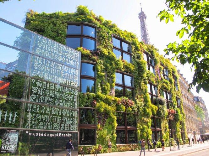 Những bức tường xanh quyến rũ du khách nhất thế giới