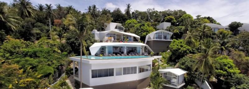 Khu vực trung tâm gồm spa, hồ bơi, phòng sinh hoạt chung và không gian tổ chức sự kiện dành cho nhóm du khách