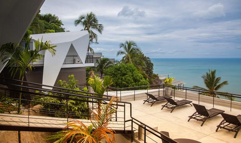 Với thiết kế mở, mọi khu vực trong khu nghỉ dưỡng này đều có thể nhìn ra cảnh biển