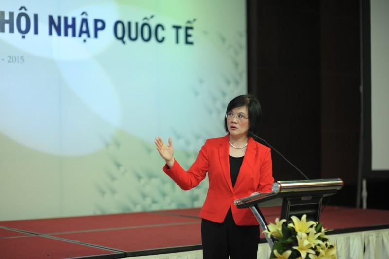 Đại sứ Nguyễn Nguyệt Nga phát biểu tham luận tại Hội thảo