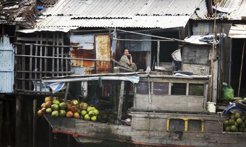 Cuộc sống của người dân bên nhánh sông ở Sài Gòn