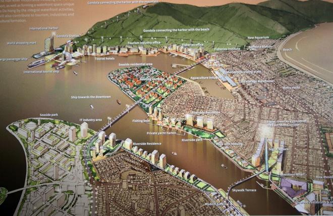 Các đơn vị tư vấn thiết kế trong và nước ngoài đều có ý tưởng làm cho dòng sông chảy qua lòng thành phố có thêm những điểm nhấn thu hút khách du lịch, tạo cảnh quan và điều kiện thưởng ngoạn.