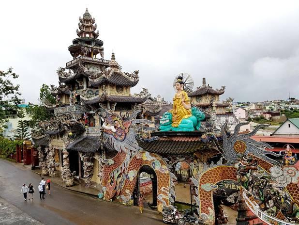 Chùa Linh Phước - Ngôi chùa độc đáo nhất TP Đà Lạt, tỉnh Lâm Đồng.